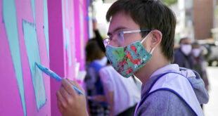 Se realizó un mural colectivo por la inclusión