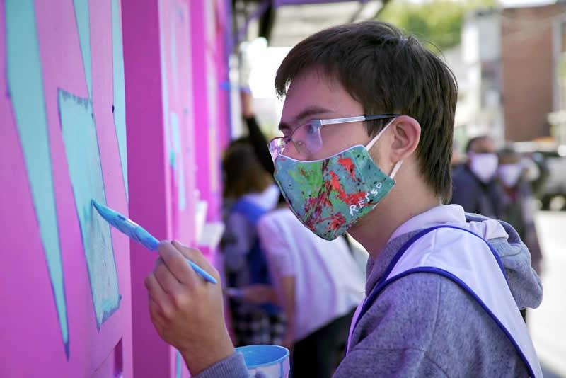 mural colectivo por la inclusión