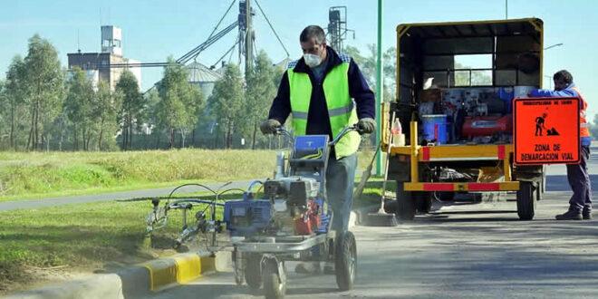 El municipio realiza trabajos de señalización Vial
