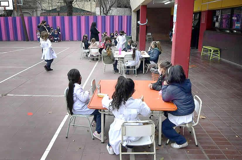 presencialidad en las escuelas