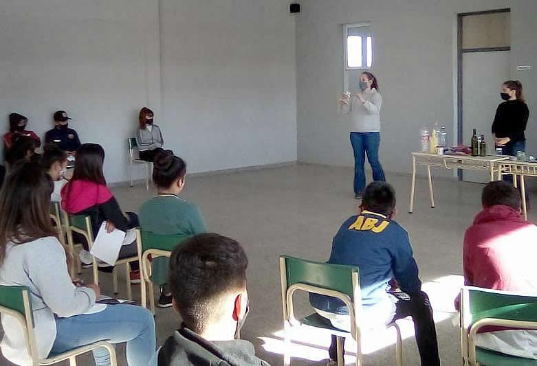 charlas sobre residuos en  escuelas